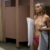 Taylor-Schilling-Topless-2-TheFappening.nudb8af26ac24481cf