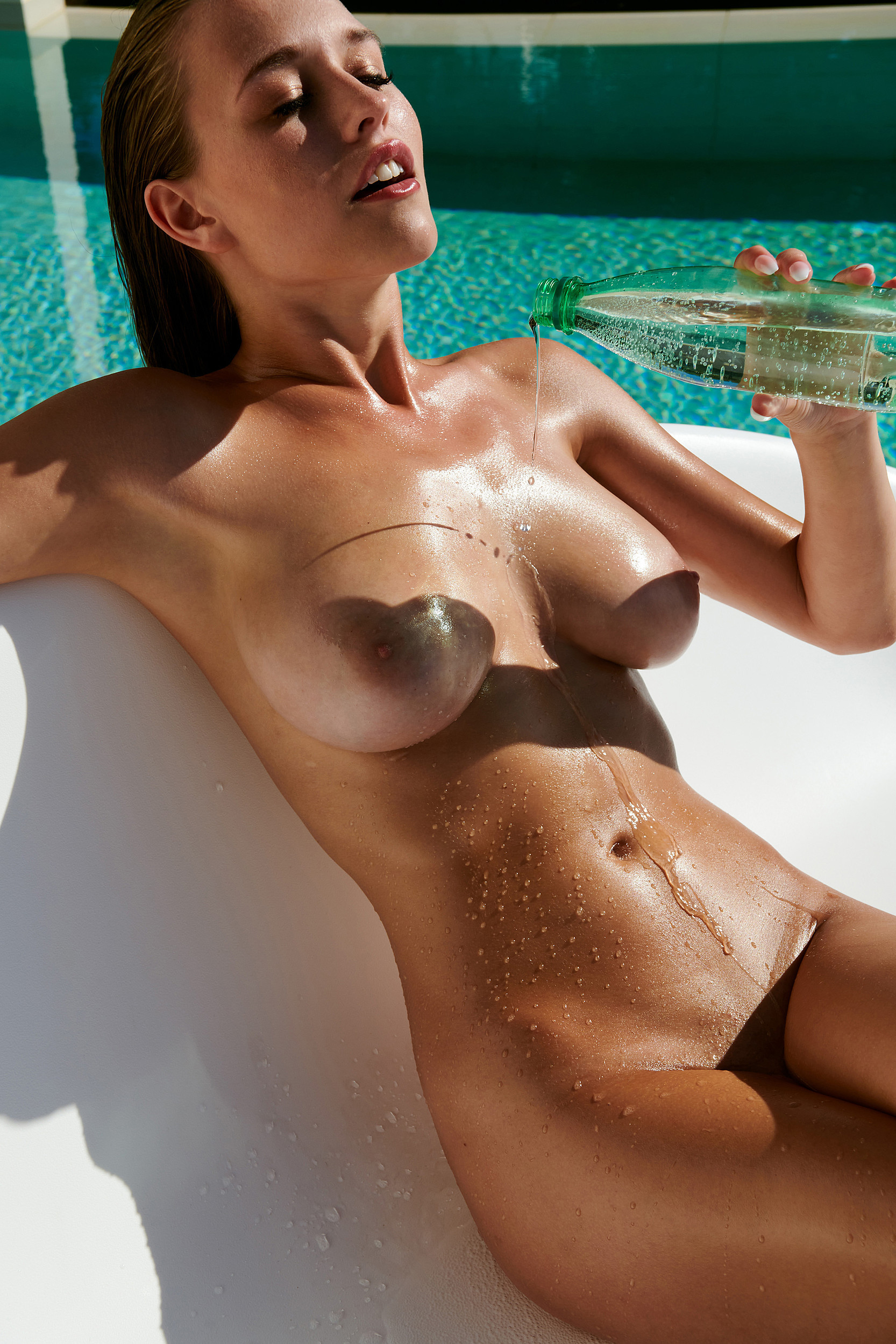 Laura Müller Nude TheFappening.nu 1