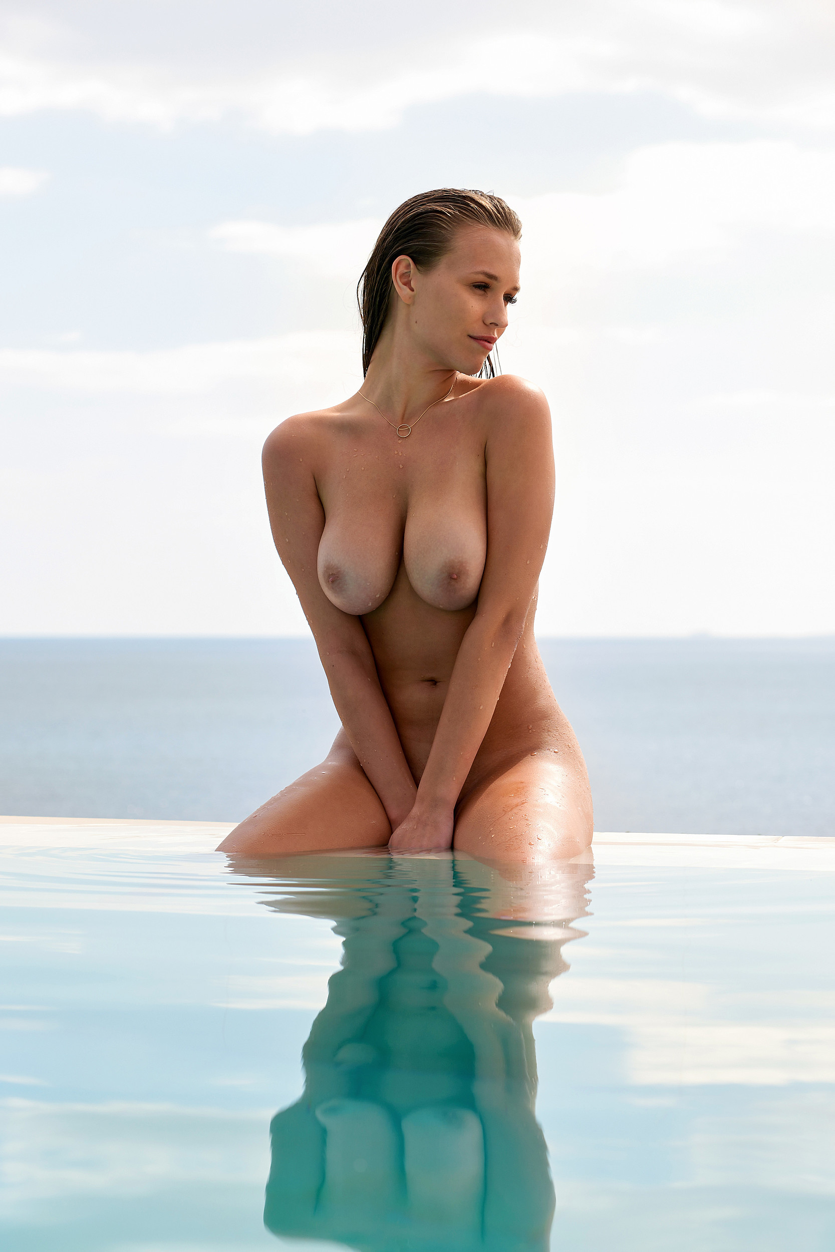 Laura Müller Nude TheFappening.nu 3
