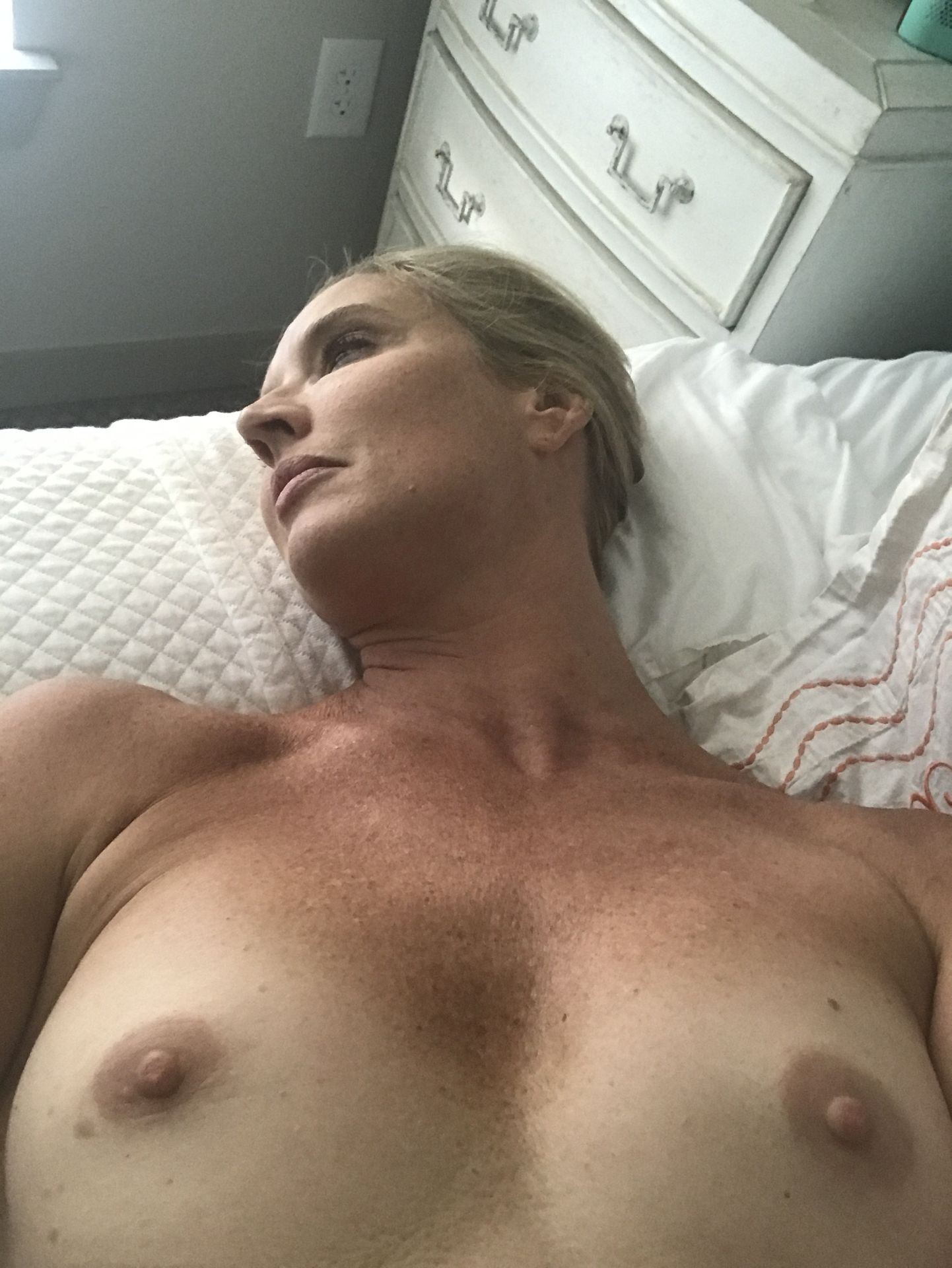 Laurie Dhue Nude Leaked thefappening.nu 2