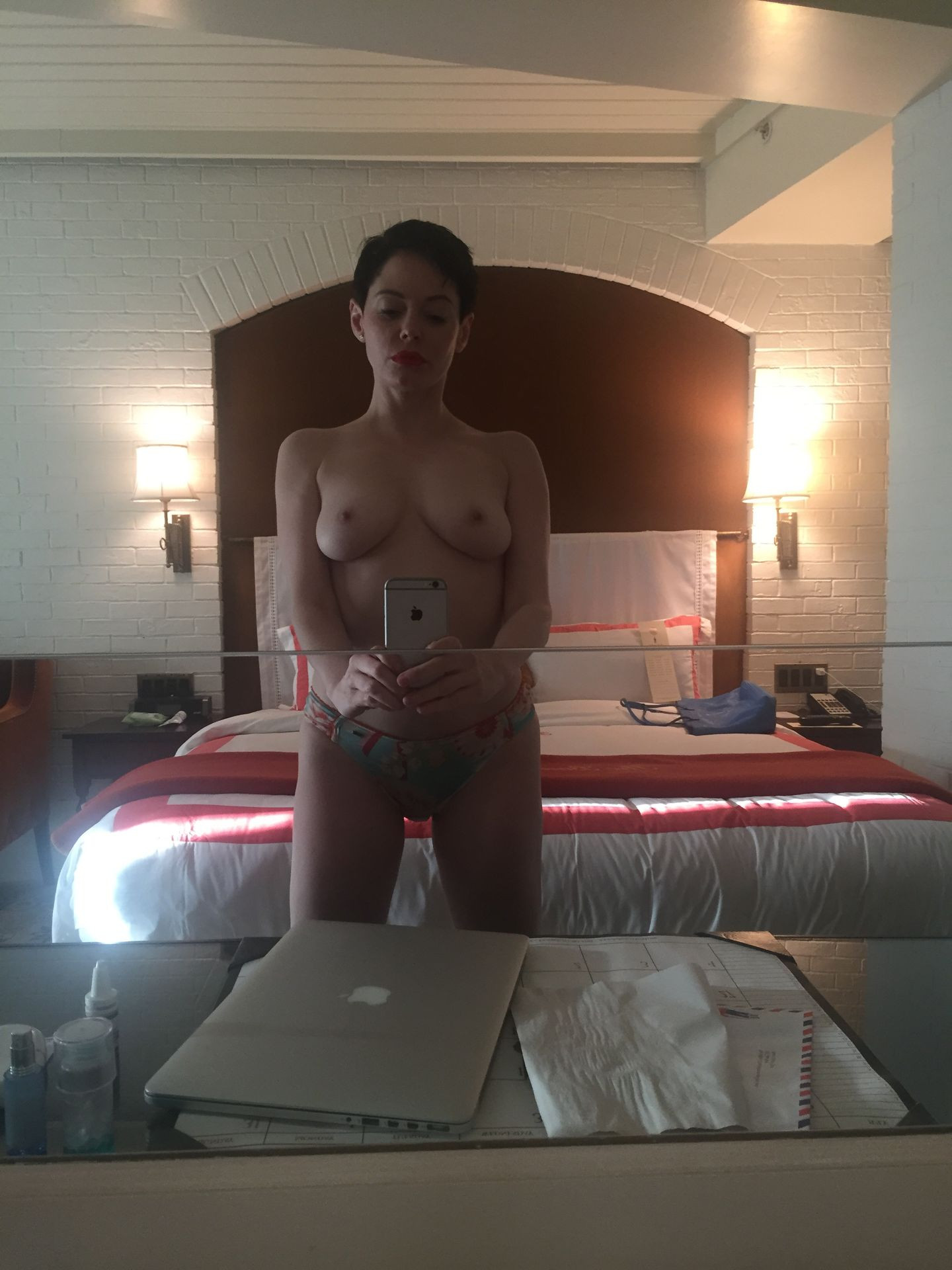 Rose McGowan Nude Leaked thefappening.nu 56