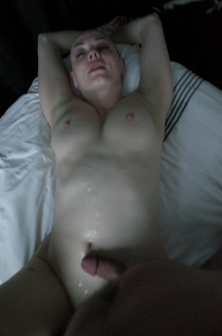 Rose-McGowan-Nude-Leaked-thefappening.nu-64657f7a45335c7487.jpg
