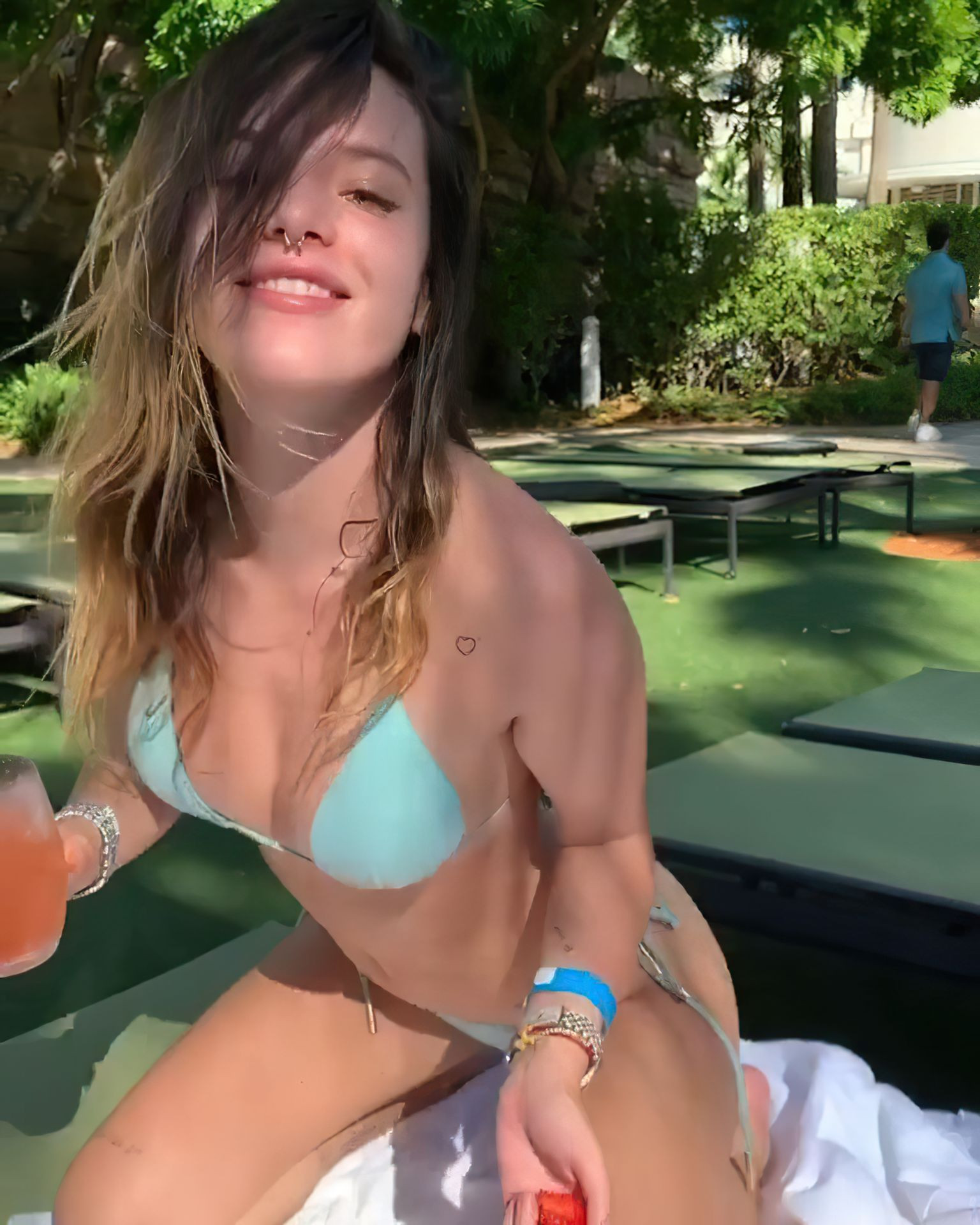 Bella Thorne Sexy fappenings.com 59