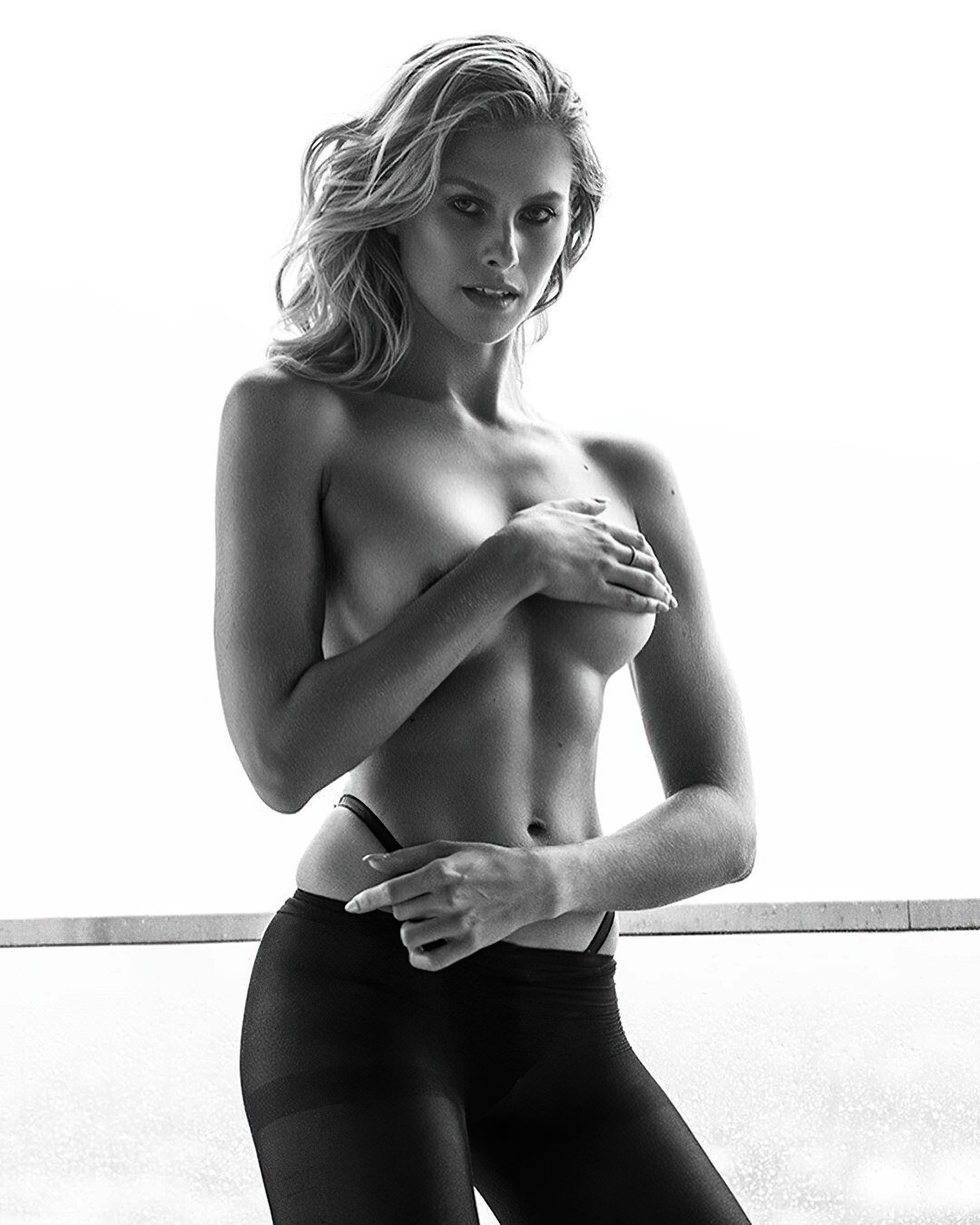 Natalie Roser Nude Sexy fappenings.com 7