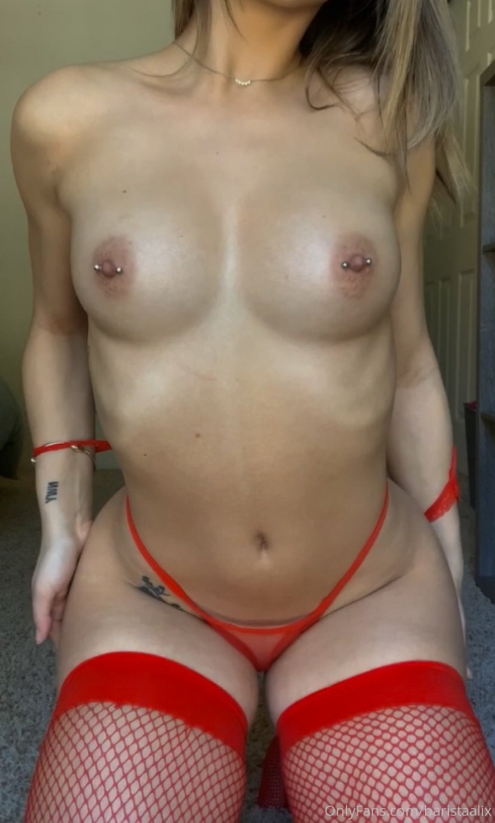 baristaalix-Onlyfans-Leaked-Nude-Photos-fappenings.com-1147808e51b0d1c1564.jpg