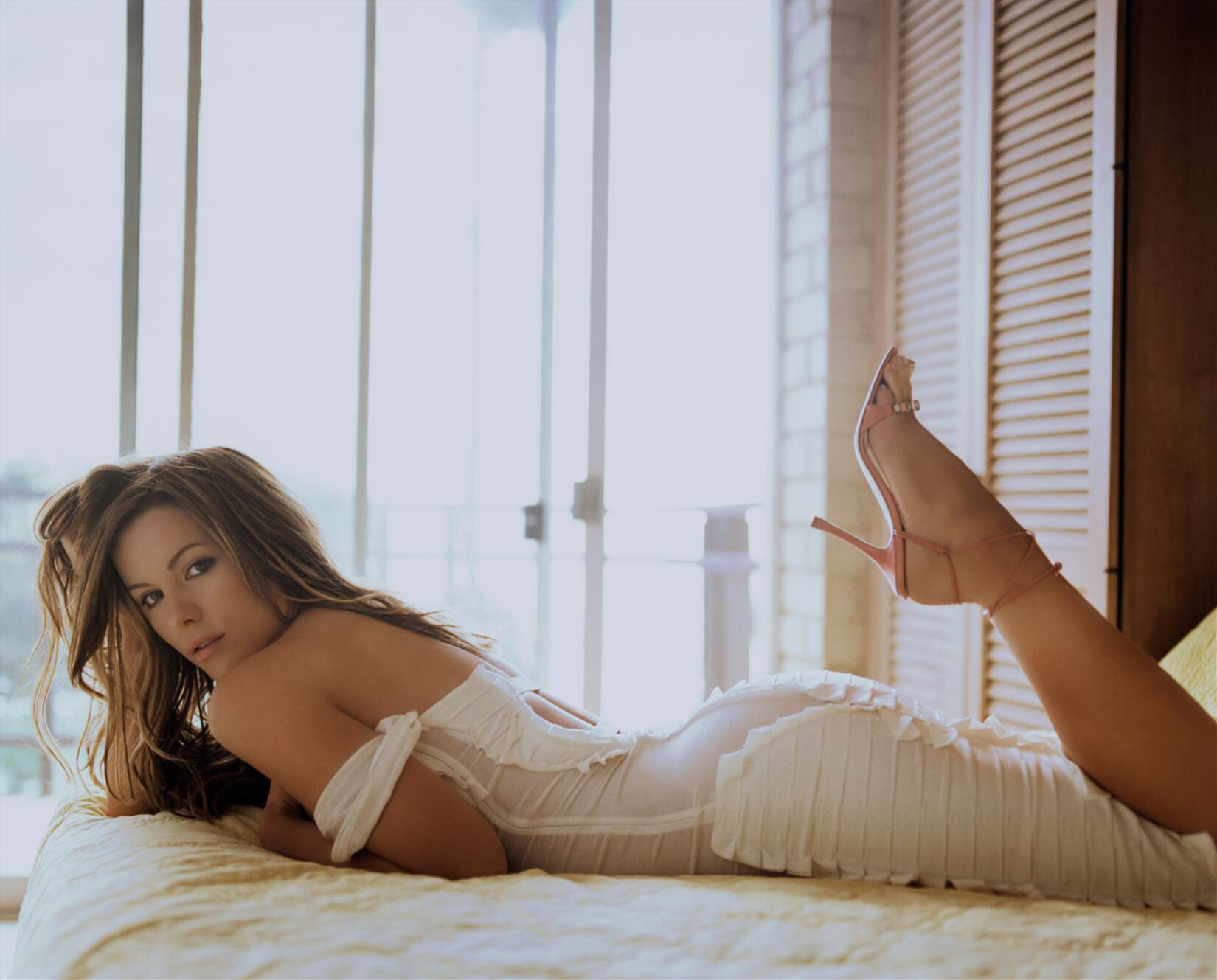 Kate Beckinsale Sexy fappenings.com 2