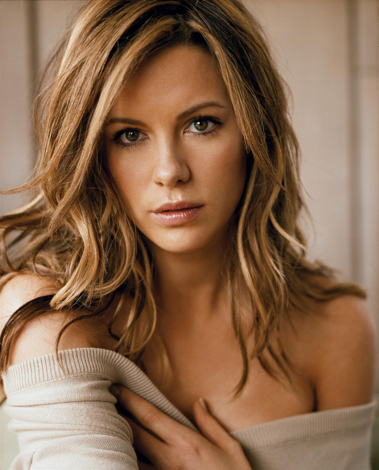 Kate Beckinsale Sexy fappenings.com 7